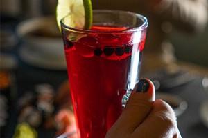 Hot winter drink menu in restaurants Bento