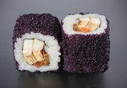 Black Tai maki (8 pcs.)