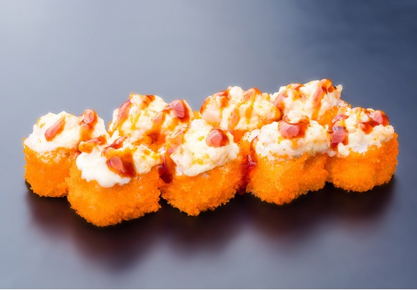 California Hot maki (8 pcs.)