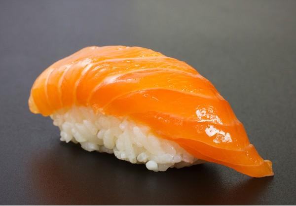 Sake nigiri (1 pcs.)