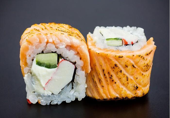 Salmon Teriyaki maki (8 pcs.)
